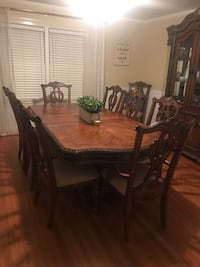 Beautiful Dining Room Set Griffin