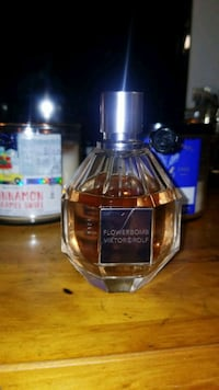 Viktor and Rolf. Flowerbomb EDP Vancouver, V5R 5R4