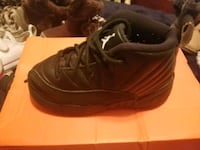 All black Jordan's size 8c toddler boy 1487 mi