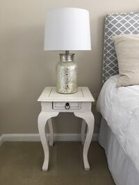Pair of white nightstands Alexandria, 22310