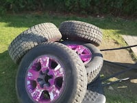 purple 5-spoke auto-wheel with tires Trois-Rivières