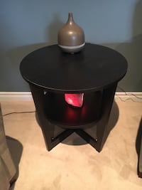 IKEA side table Whitby, L1R