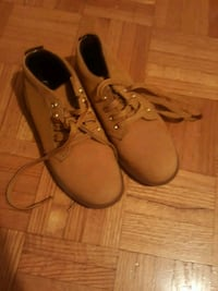GIRLS timberland boots size 1 Mississauga, L5V 1W6