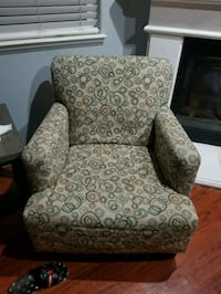 brown and gray floral fabric sofa chair Elk Grove, 95757