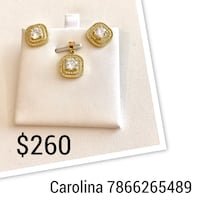 White and gold-colored earrings Miami, 33135