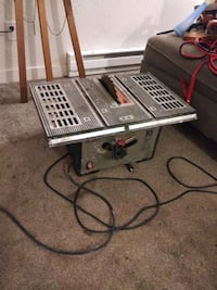 "10"" Bench Table Saw"