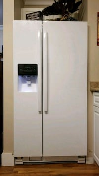 white side-by-side refrigerator with dispenser Abbotsford, V2T 5T6