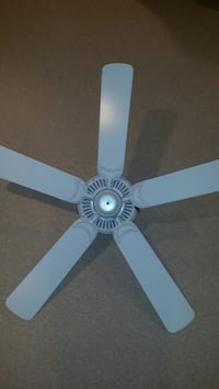 white 5-bladed ceiling fan Chantilly, 20152