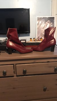 High Heel Red Boots  9 1/2 New York, 11234