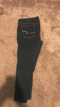 american eagle jeans size 14 Peoria, 61607
