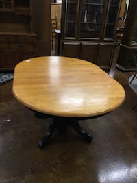 Amesbury Oak Table Pawtucket, 02861