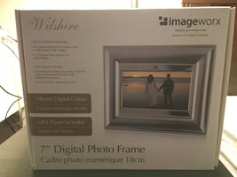 $30 or best offer - Brand New, Never Used Digital Picture Frame
