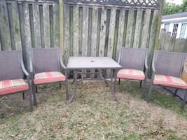 Great Outdoor Patio Set - 4 Sling Chairs & Glass Top Table