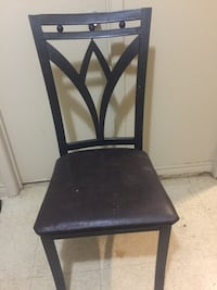 4 Kitchen chairs  Barrie, L4M 2R1