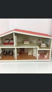 Vintage Lundby doll house and furniture