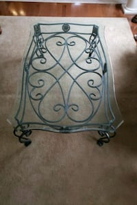 Wrought Iron framed glass-top table Vaughan, L4L 9N3