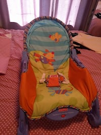 baby's Fisher-Price bouncer Saint-Constant
