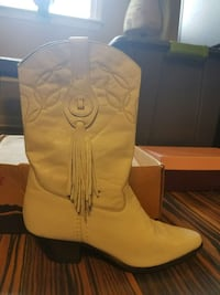 White leather cowboy boot with box North East, 21901