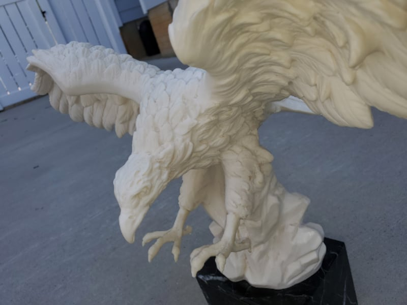 """EAGLE STATUE 14-inch tall Santini """"Lord of the Skies"""" on a Black Base VTG from ITALY bfe16a06-c6ef-4757-b41c-c78d14f39443"""