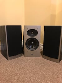 3 bookshelf speakers Toronto, M9W