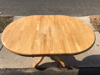 oval brown wooden coffee table Glendora, 08029