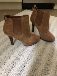 Real suede leather boots 10 Caledon, L7K 0C5
