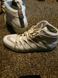 Kevin durants size 10½ Pikesville, 21215