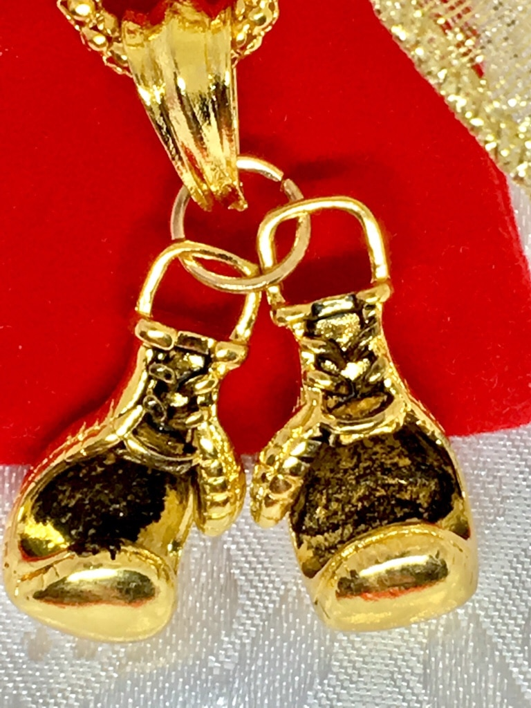 Photo Gold Plated Boxing Gloves Pendant