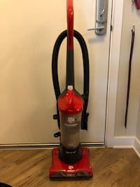 red and black Dirt Devil upright vacuum cleaner Vienna, 22031