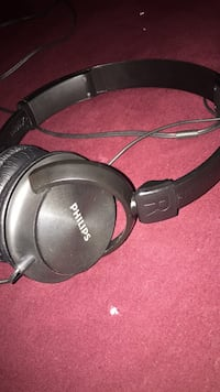 black and gray Bose corded headphones Vaughan, L4J 7Z3