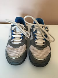 Nike shoes - youth size 1 Silver Spring, 20904