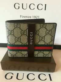 Awesome Wallet with Red/Stripes in Box Mississauga, L5R 3A9