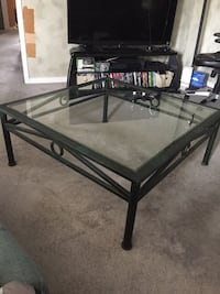 Solid Iron coffee table -40x40 Vaughan, L4J 8A5