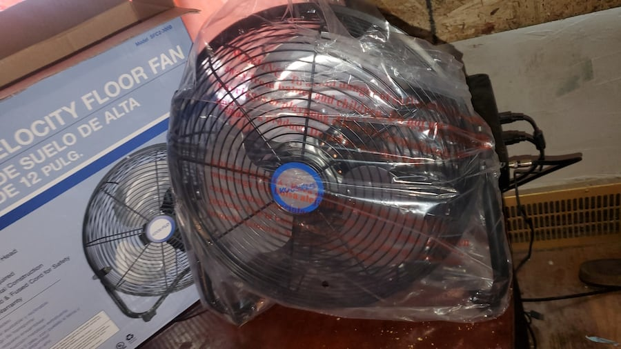 12 in small high velocity metal fans 4