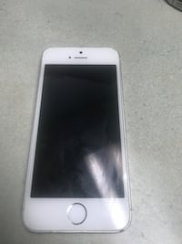 iPhone 5s unlocked 32 gb perfect working condition  Mississauga, L5C 2E7