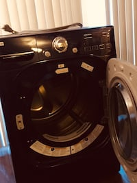 LG DRYER amo dents no scratches,  few days of use, original price was 800 selling it for 300  Alexandria, 22304