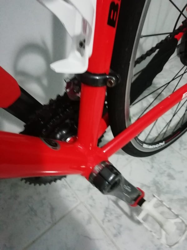 Bisiklet bianchi c0918cec-8308-439e-9843-ad7a0ae97aa4