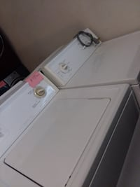 Kenmore washer and dryer set excellent condition