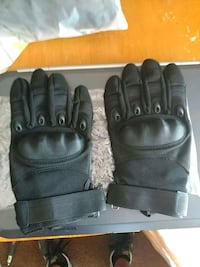 pair of black leather gloves Fairfax, 22031