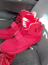 pair of red Timberland work boots Stockton, 95219