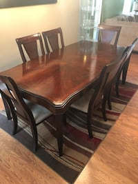 Great Condition Dining Room Table Washington, 20019