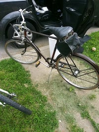 black and gray cruiser bike Baltimore, 21207