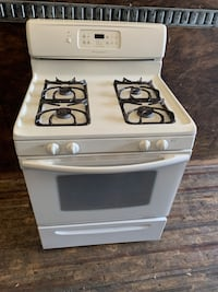Frigidare gas stove in perfect working condition