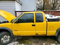 2003 Chevrolet S-10 4WD Extended Cab LS w/3rd Door Niles