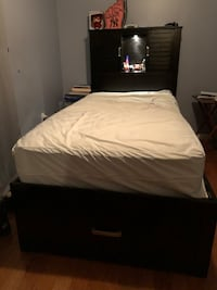 TWIN SIZE BED & MATRESS New York, 10458