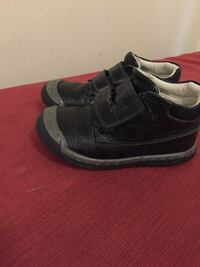 Ten Ten kids shoes in excellent condition size 24 London, N5Y 4K5