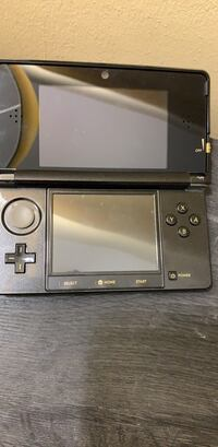 Black and gray nintendo ds