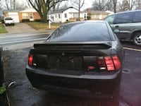 Ford - Mustang - 2000 St. Louis, 63135