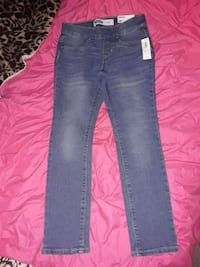 Little girls jeans brand new Syracuse, 13212
