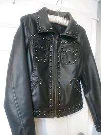 Faux leather jacket with studs heavy and very warm Spokane, 99201